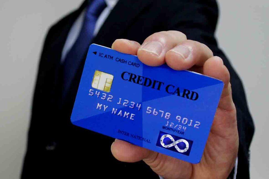 クレジットカード_20代_アイキャッチ